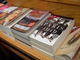 Barnesandnoble_bookshelf